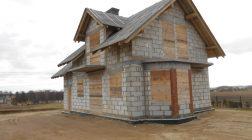 Kontenery na budowie